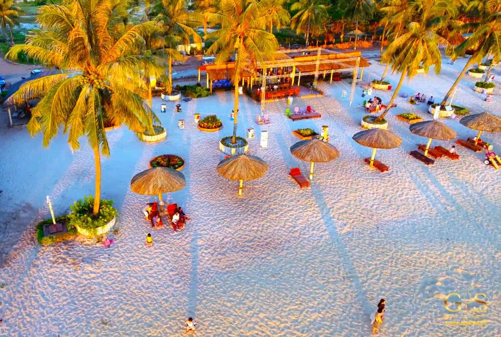 Quán bar Phú Quốc Golden Sand